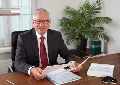 Andreas Frank, Rechtsanwalt und Notar bei FRANK Advokatur & Notariat, Sursee